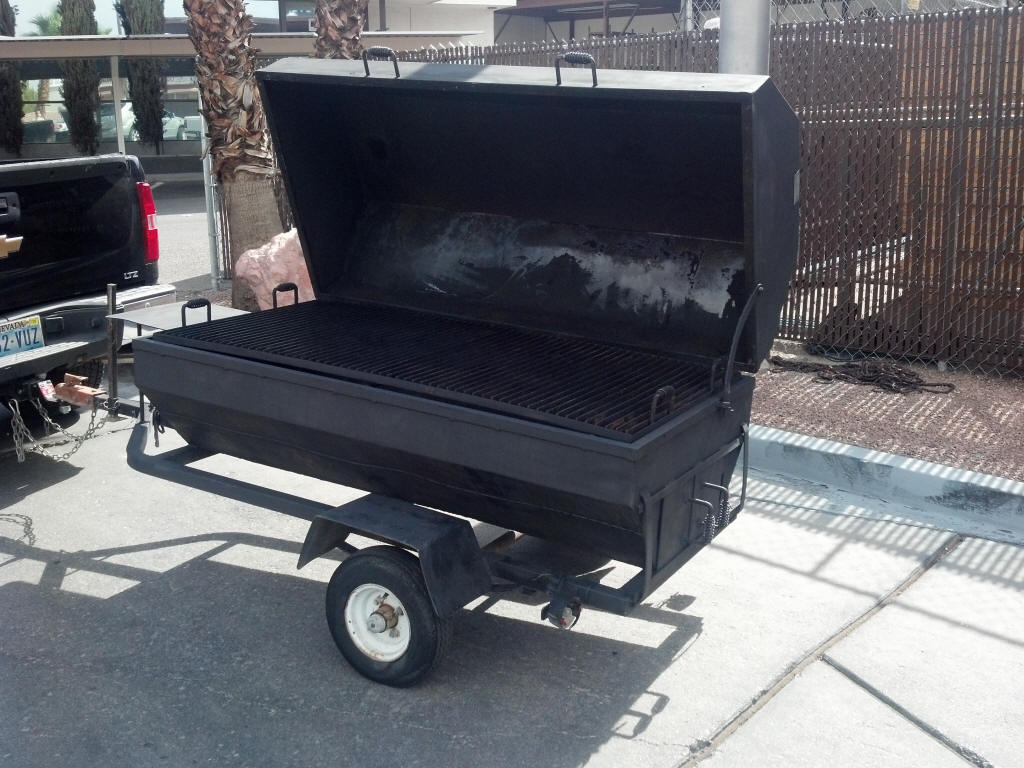 Large Mobile Charcoal Grill
